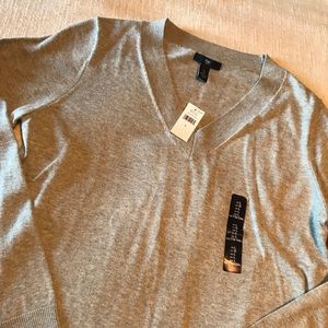 Gap V-Neck Gray Sweater - New with Tags!